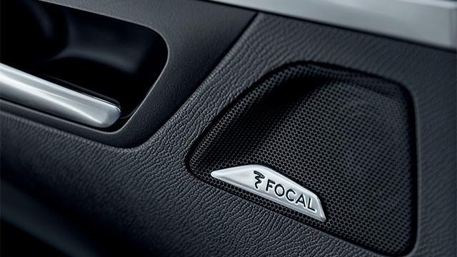 Peugeot 3008 focal hátalarar