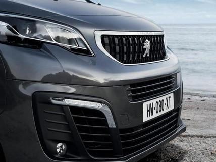 Peugeot traveller framendi