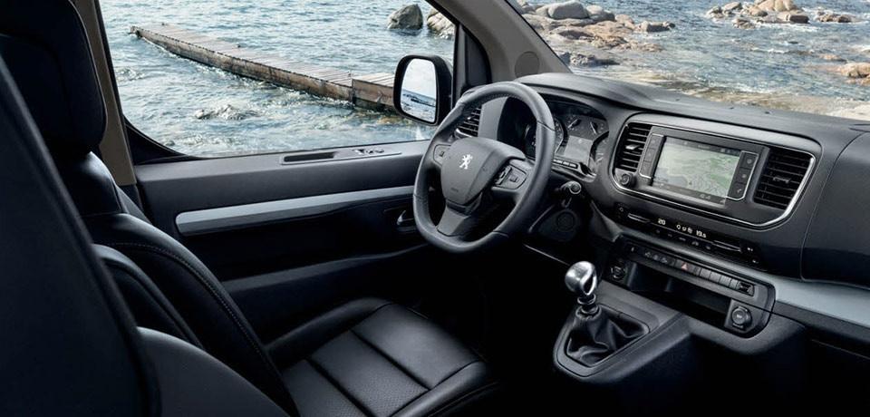 Peugeot traveller icockpit