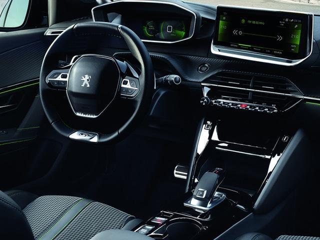 Peugeot 208 icocpit innra rými