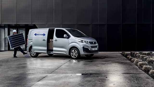 Peugeot expert opnun aftan