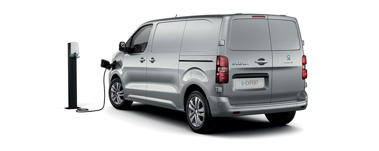 Peugeot e-expert rafsendibill 1280x512